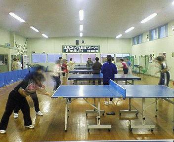秋田に卓球交流にきています。